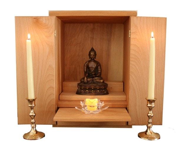 Altar budista armario